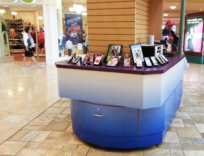 decals-mall-kiosk