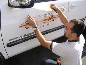 Vinyl Application Tools For An Easy Installation Orange County Signs - Installing vinyl decals